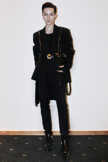 Kelbin Lei - Do Manh Cuong Zipper Jacket, Versace Belt, Kelbin Lei Long Black Cardigan, Kelbin Lei Pants, M2malletier Bag, Zara Boots - Final Day of VNIFW