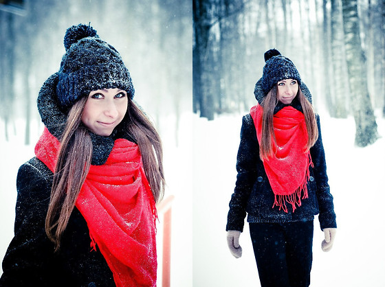 Anna Sever - Zara Coat - Russian winter