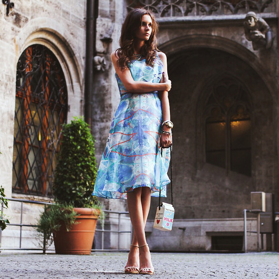 Anna Brain - Steve Madden Heels, River Island Dress - SUMMER IN MUNICH
