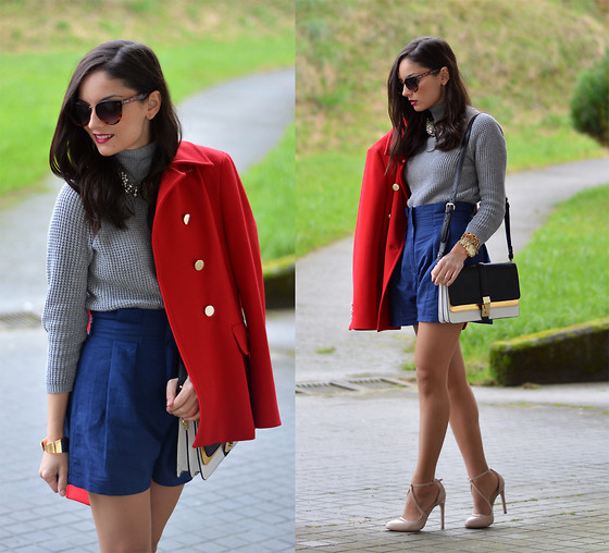 Alba . - Oasap Shorts - ...Red Coat...