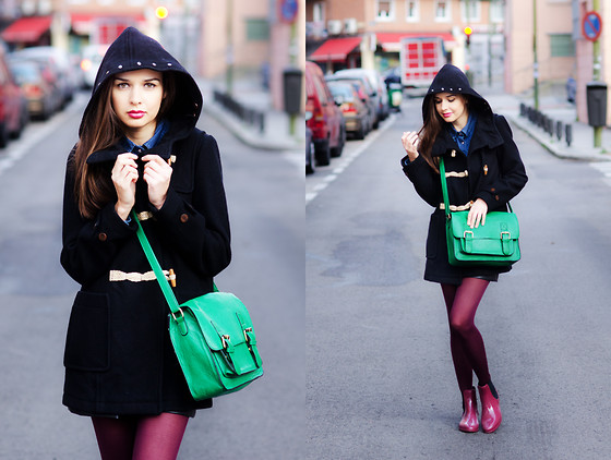 Mariya Marinova - Pull & Bear Coat, H&M Denim Shirt - The green bag.