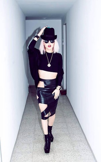 Marta Popescu - H&M Hat, Https://Www.Facebook.Com/Alexandru.Simedru Skirt, Jeffrey Campbell Boots, H&M Top, Versace Necklace, Gucci Bracelet - Party with me
