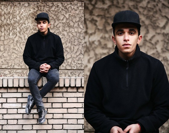 Ahmed Tomy A. Said -  - All Black Everything