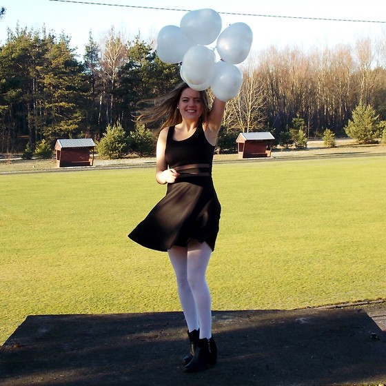 Lissey ♥ - Sinsay Dress, H&M Boots - 2 years of blogging