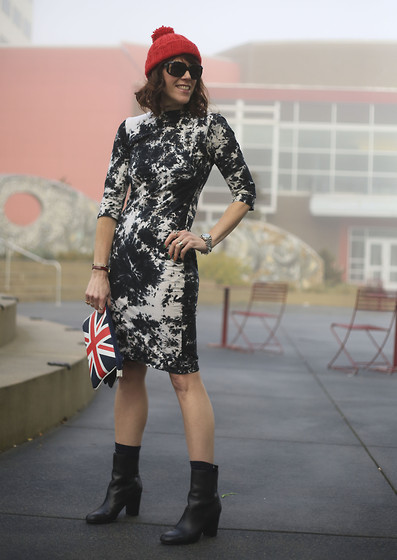 Anne Dofelmier - Motel Dress, Unknown Union Jack Bag, Elie Tahari Booties - Body Con Northwest Style