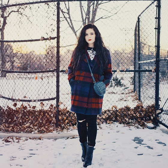 Noelle Downing - Oasis Plaid Coat, Oasis Black Jeans - Cold snow.