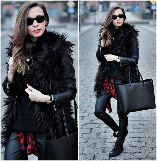 Justyna H -  - Total black look