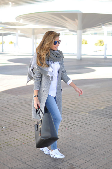 LOLA C - Sheinside Coat, Zara Scarf, H&M Jeans, Converse Sneaker, Michael Kors Bag, Daniel Wellington Watch - Grey shadow