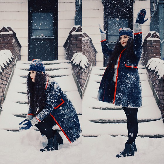 Noelle Downing - Boden Coat - I love the snow