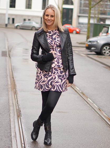 Chris - H&M Dress, Pepe Jeans Leather Jacket, H&M Legging, Supertrash Melody Boots - First outfit post after my pregnancy