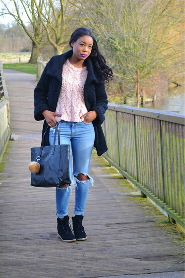 Laura C - Warehouse Jumper, River Island Girlfriend Jeans, River Island Coat, Office Trainers, Mango Bag - Girlfriend Jeans // StylishVue