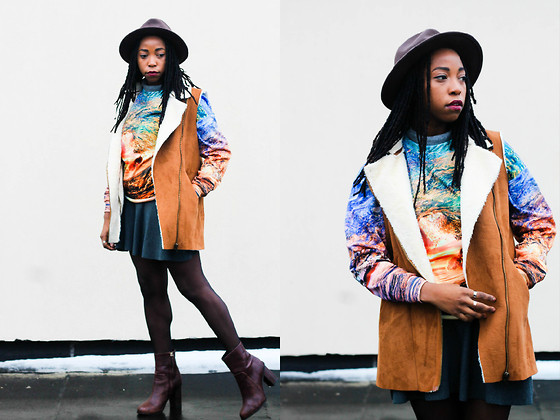 Martina McFarlane - Romwe Graphic Sweater, H&M Boots, Tillys Panama Hat, Necessary Clothing Wool Skirt - Winter Sunset