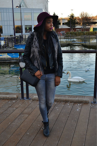 Laura C - Peacocks Fedora, Warehouse Jacket, River Island Jeans, H&M Gilet - Layers // StylishVue