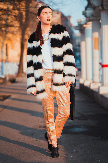 Ms Morgan Ryan Adidas Pro Model American Apparel