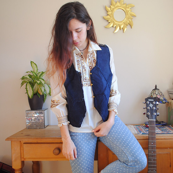 Sarah Nicola Louise - Unknown Vintage Suede & Crochet Waistcoat, Unknown Vintage Folklore Embroidered Blouse, Paul Smith Polka Dot Jeans - Sun