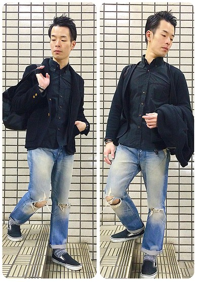 YUTO OMAE - Vans Slip On, Levi's® Pants
