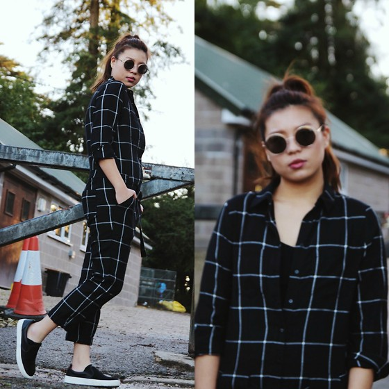 Stephanie So - Quay Cherish Sunglasses, Grid Print Overalls - | GRID SYSTEM |