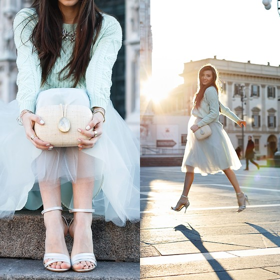 Larisa Costea -  - Morning at Duomo