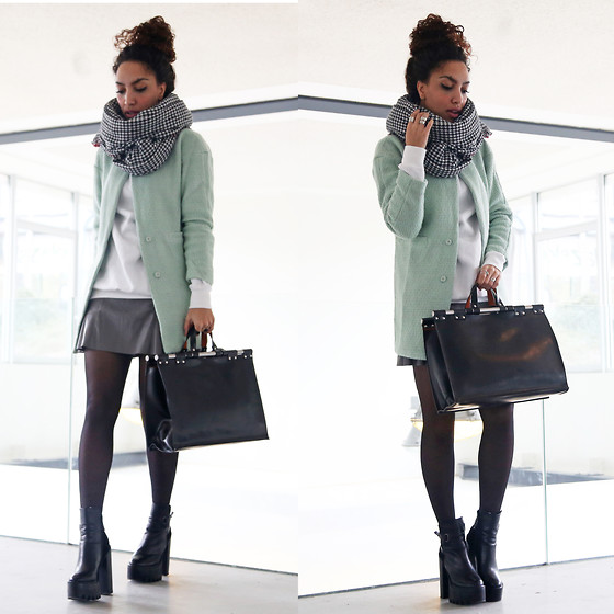 Larissa B. - Sheinside Mint Green Coat, Zara Doctors Bag, Missguided Chunky Platform Boots - Mellow in mint