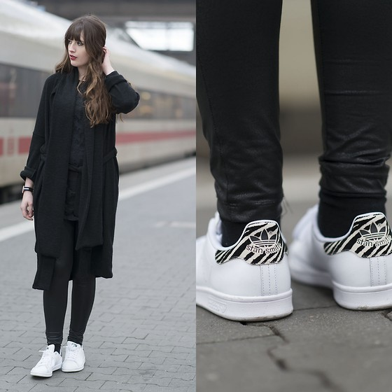 Urban Outfitters Cardigan, Adidas Stan