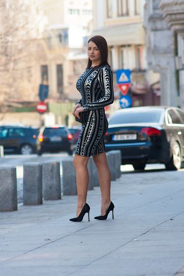Kristina P. - Villa Dress, New Look Heels - A special bodycon dress