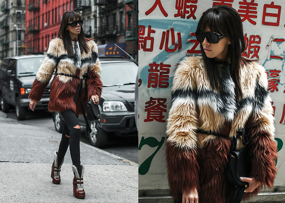 Lovelyimperfect by Adriana Kubieniec - Custo Barcelona Fur By, Marc By Jacobs Bag My, Topshop Jeans By, Marc By Jacobs Shoes, Tom Ford Sunglasses By - Polish girl in Chinatown, NYC