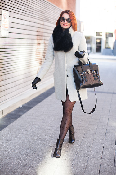 Marta Tryshak - Danier Scurf, Danier Gloves, Tom Ford Sunglasses, 3.1 Phillip Lim Purse, Brian Atwood Booties, Wilfred Coat - Transition into Spring