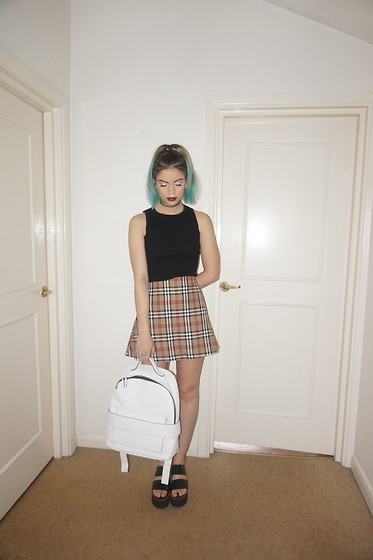 Sophie Hannah Richardson - Love Too True Burberry Skirt, Topshop Sandals, Zara Backpack, Style Moi Vest - BURBERRY BABE
