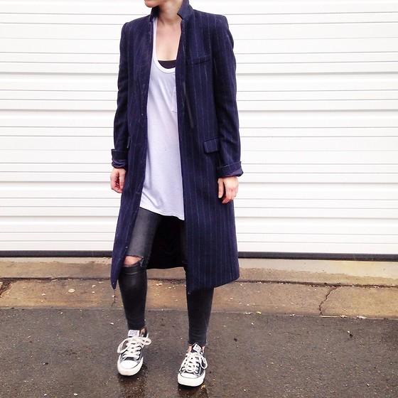Giovanna Osterman Nike Jacket, Adidas Shoes, H&M Tee Dress