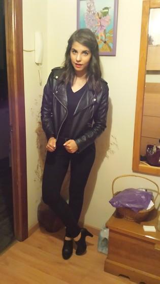 Laura Badura - Tk Maxx Top, Bebe Skirt, Kurt Geiger Heels