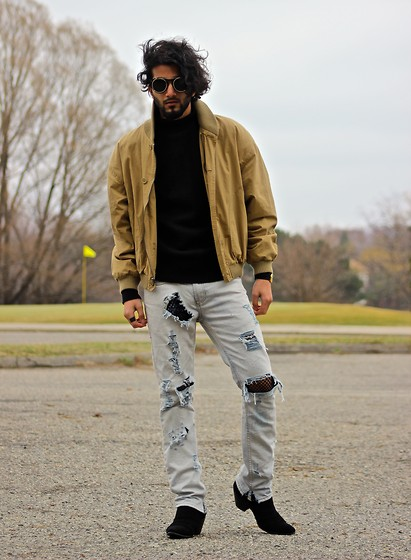 Tah ∆li - Byther Round Lens Shades, Fred Perry Vintage Black Mid Turtle Neck Sweater, Calvin Klein Vintage Jacket, I Love Ugly Ernest Watch, Maison Martin Margiela Black Band Ring, Rober Distressed Jeans, Mute Kill Heel Suede Boots - Tracys Demise