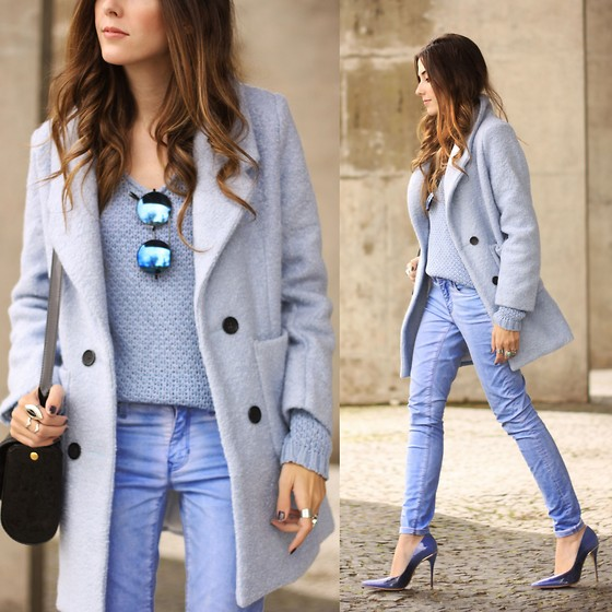 Flávia Desgranges van der Linden - Tomtop Coat, Gap Pants, Zerouv Sunglasses - Blue