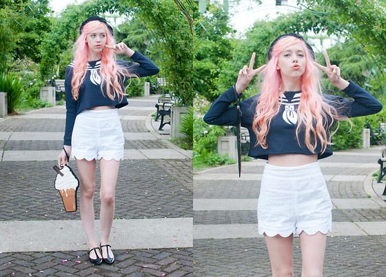 Kailey Flyte - Kling Sailor Sweater, My Gal Lola Scalloped Shorts, New Look Ice Cream Clutch, Missguided Black T Bar Flats, Larmoni Beret - Hey Sailor!