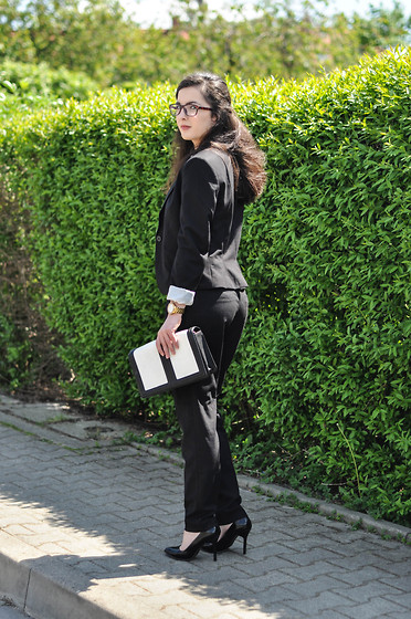 Kirikori - H&M Jacket, H&M Trousers, H&M Bags - Women's suit