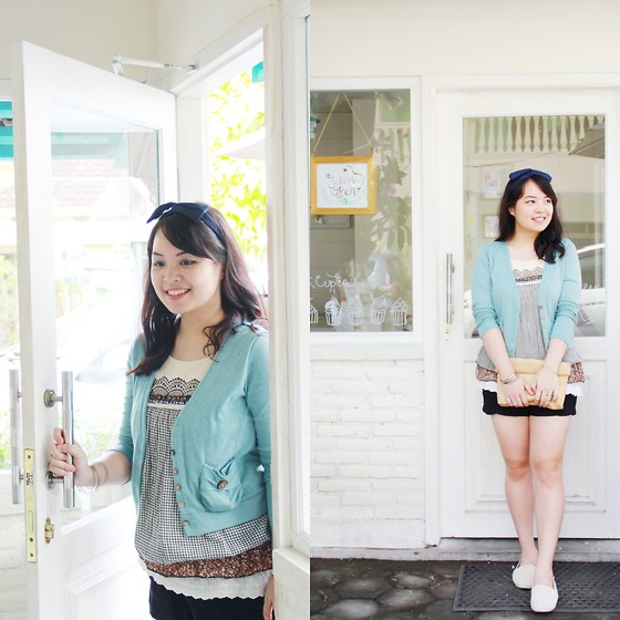 Aubrey Cornelia - Zara Shorts, Yukkirei Shop Clutch, Cameo Top, Airwalk Loafer - Day Off
