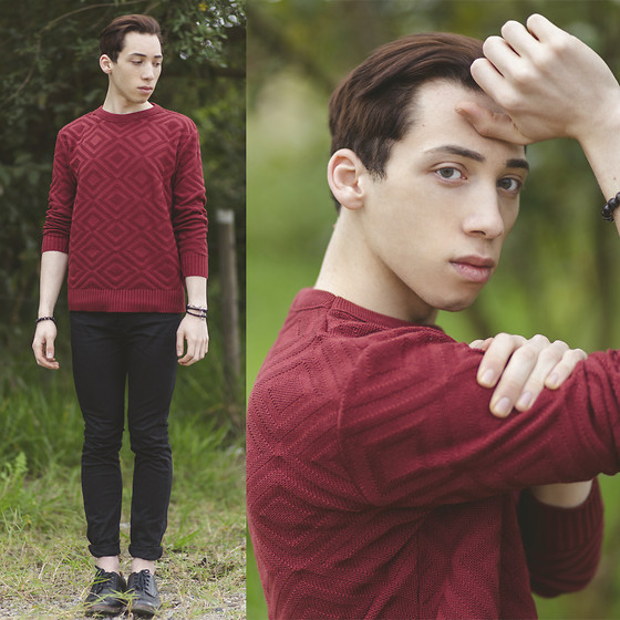 Douglas Brandão - Dafiti I.D. Burgundy Sweater, Black Skinny Jeans, Black Brogue Shoes - Wild Eyes