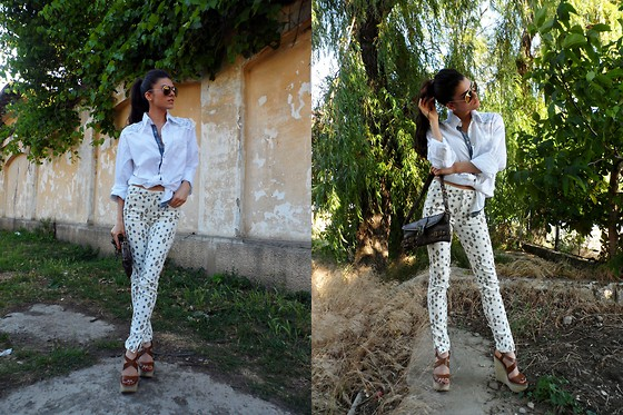 Ramona Lefter - Zara Printed Jeans, Guess? Embroidered Shirt, Zara Wedges - Born to be wild