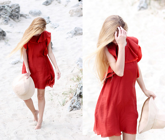 Sirma Markova - H&M Conscious Exclusive Dress, H&M Studio Ss15 Hat - Like a Poppy