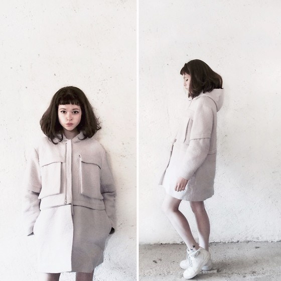 Mimi M - Kenzo Oversized Pastel Coat, Nike Air Force - Pastel Streetwear
