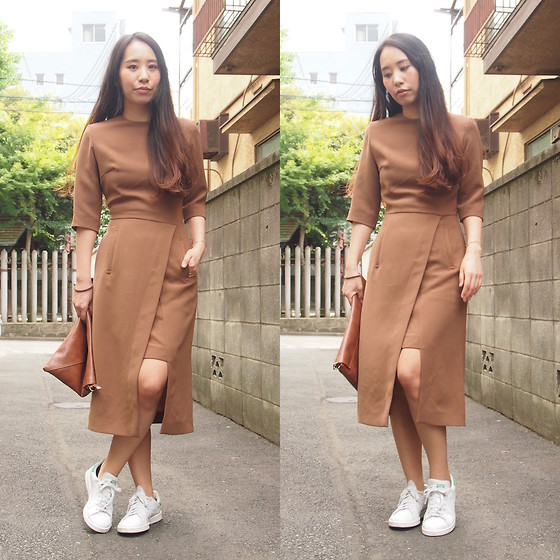 Yu Kuwabara - G.V.G.V. Slit And Double Skirt Dress, Dholic Leather Clutch Bag, Adidas Stan Smith - Sporty Nude