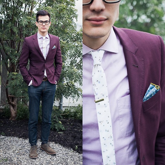 Chris Nicholas - Pocket Square Clothing The Nabil, Indochino Burgundy Herringbone Blazer, Pocket Square Clothing The Quinn, Levi's® 511, Cole Haan Suede Wings - 140