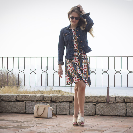 Ina Nuvo - Buffalo Monk Sandals, H&M Boho Dress, H&M Denim Jacket, London Retro Shades, Michael Kors Selma - Hey Summer!