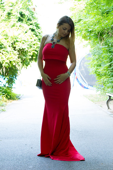 Kristina P. - Sheinside Dress - Glamorous red dress