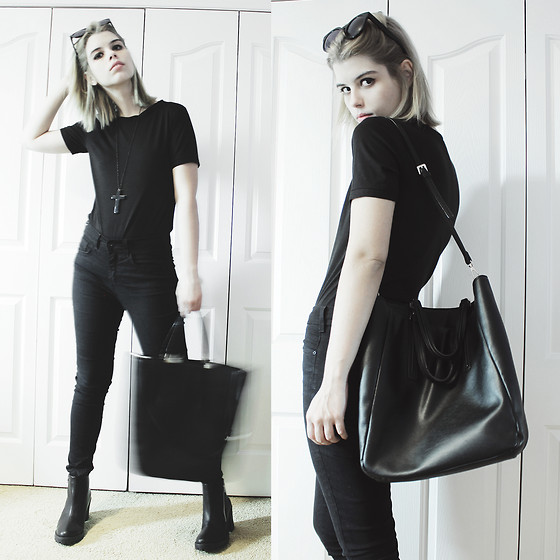 Lidia Zuin - Loper Round Shades, Zara Black Bag, Dresslink Black T Shirt, C&A Black High Waisted Pants, Forever 21 Black Cross Long Necklace, Office Black Chunky Boots - Gig Outfit