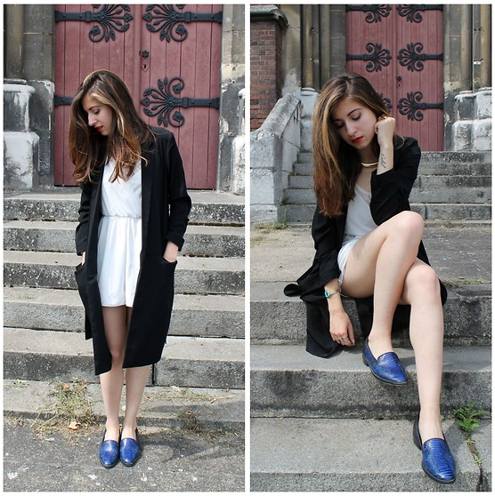 Elo' Cupcake - H&M Playsuit, H&M Trench, The Kooples Loafers - The black trench