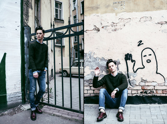 Vladimir Kachesov - Zara Sweater, Zara Jeans, Dr. Martens Shoes - Hello, world!