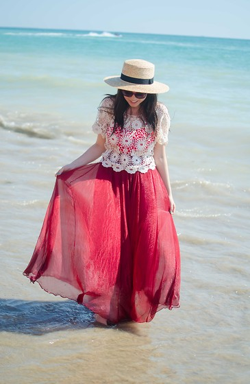 Dorina Daniela - Sheinside Burgundy Skirt, Rose Gal Lace Top, H&M Straw Hat - If I could live here