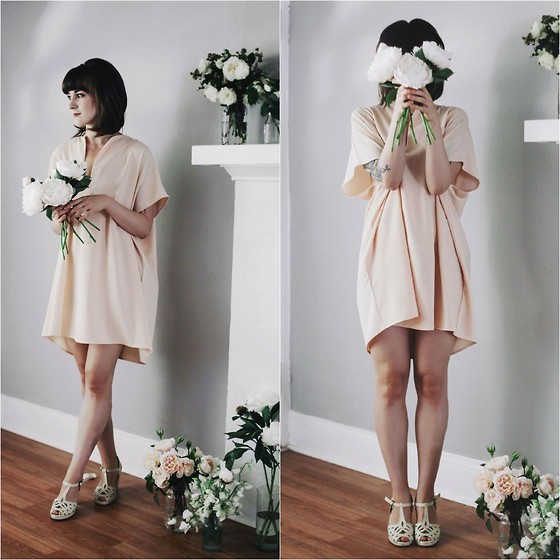Kiana Mc - American Apparel Dress, Vintage Shoes - Last of the Peonies