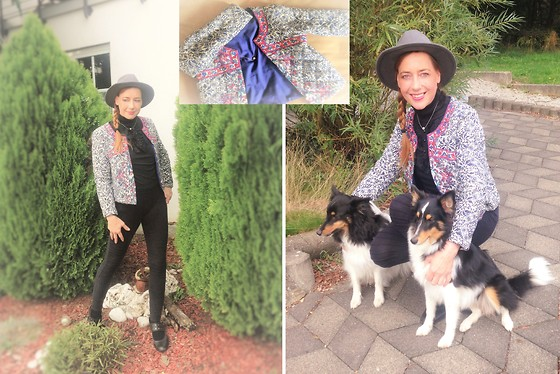 Nessy Wagner - Sheinside Jacket, H&M Sweater, New Look Pants - I love the two long noses!