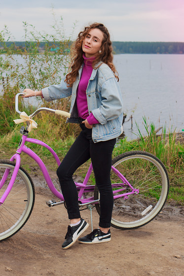 Maria Pokrovskaya -  - My bbeautiful bike